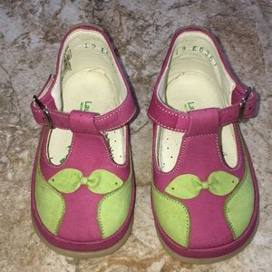 Shoes for baby girls. Size 19